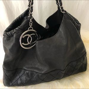 ✨Chanel✨Cabas Leather Tote (M)